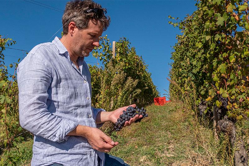 ナチュラルなワイン造りを実践する、真のクラシック・バローロの名手